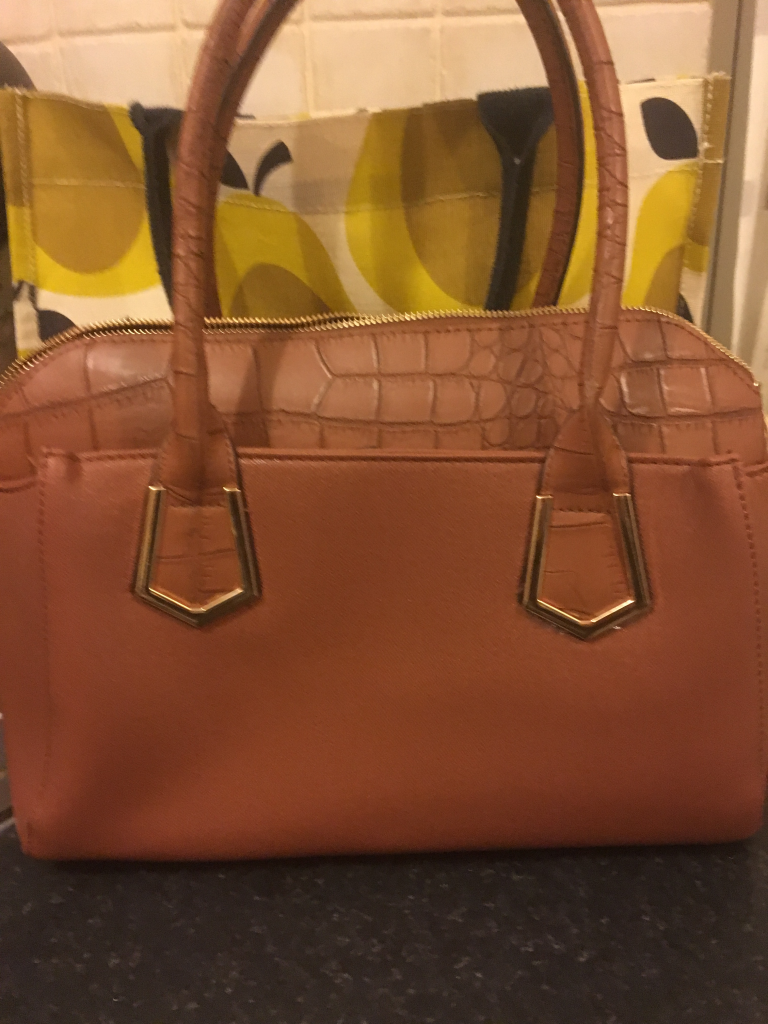 Liannes Handbag