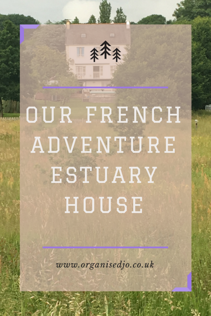If you are looking for a great property to rent in Brittany, France then check out my review of our stay at Estuary House. This large property can sleep up to 12 and is based in the small town of Le Faou, 45 minutes from Roscoff. It was the perfect venue for a family holiday.