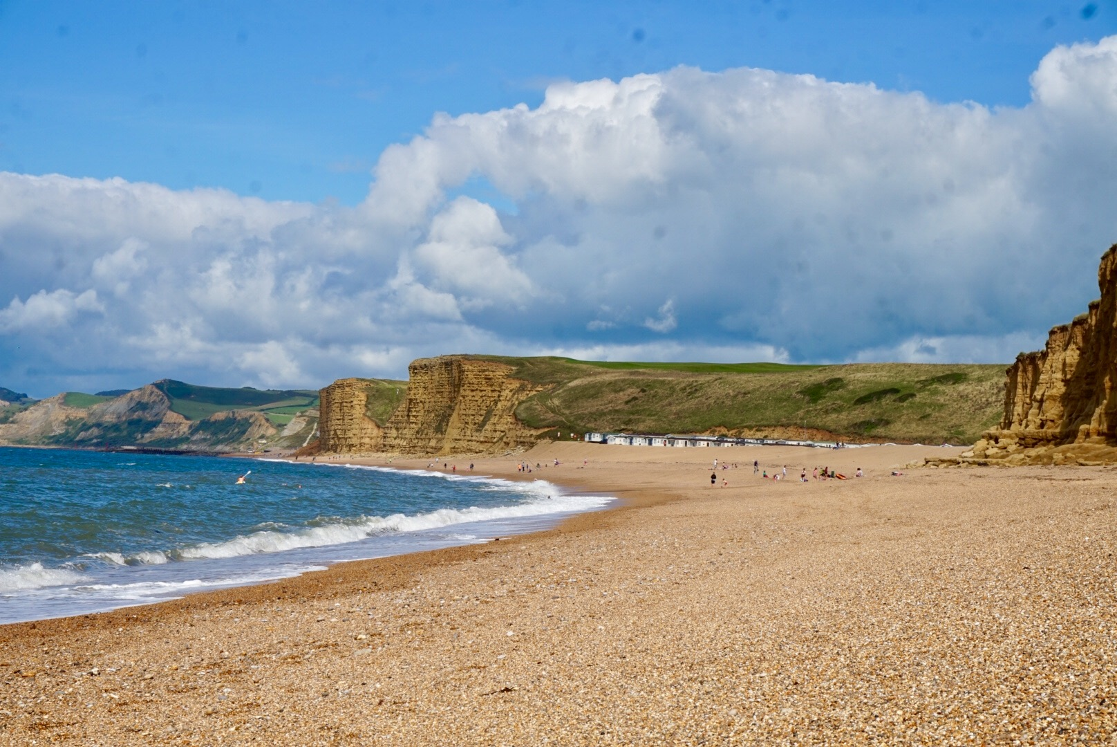 Camping in dorset freshwater beach holiday park for Caravan sites in dorset with swimming pool